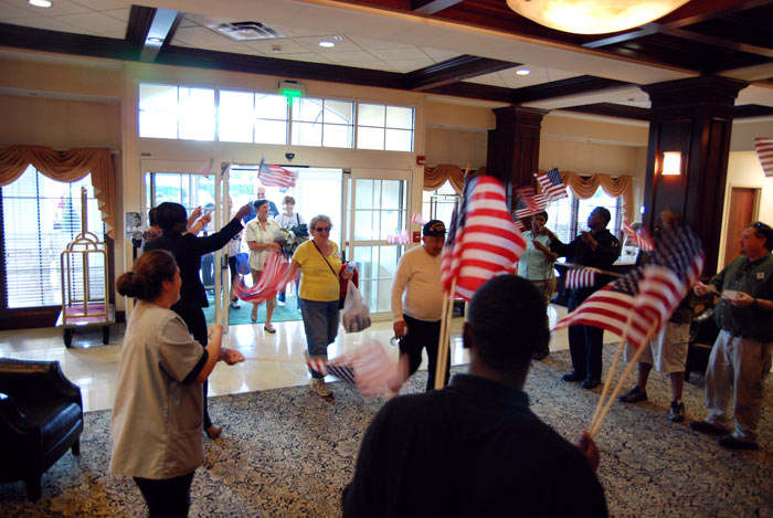 USS Piedmont members were welcomed back by Holiday Inn Norfolk Airport hotel staff when returning from a city bus tour.