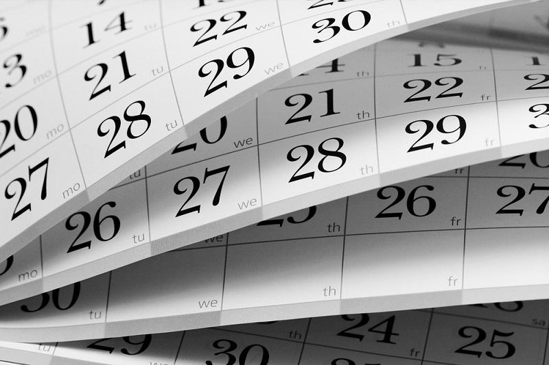 Calendar choose a date for a reunion